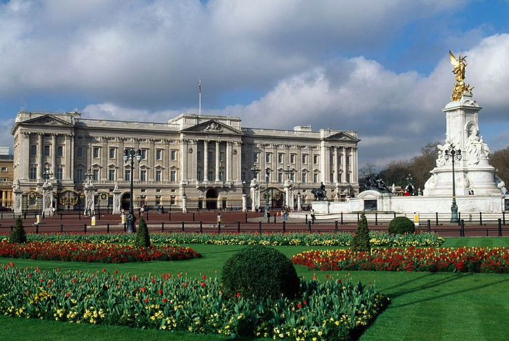 Buckingham Palace Opens in new window